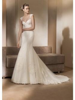A-Line/Princess Straps Court Train Organza Bride Dress With Lace