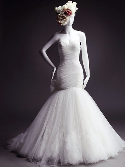 Trumpet/Mermaid White Tulle Flower(s) Lace-up Court Train Modest Wedding Dresses in UK