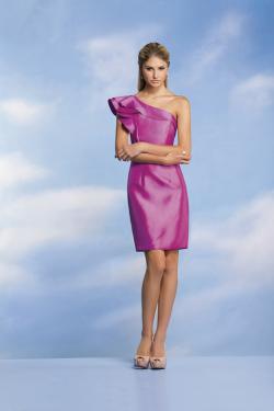 US$136.99 2015 Zipper Up One Shoulder Sleeveless Fuchsia Satin Short