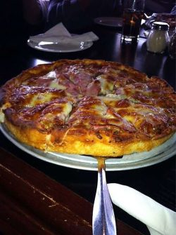 Best pizza restaurants near Calgary