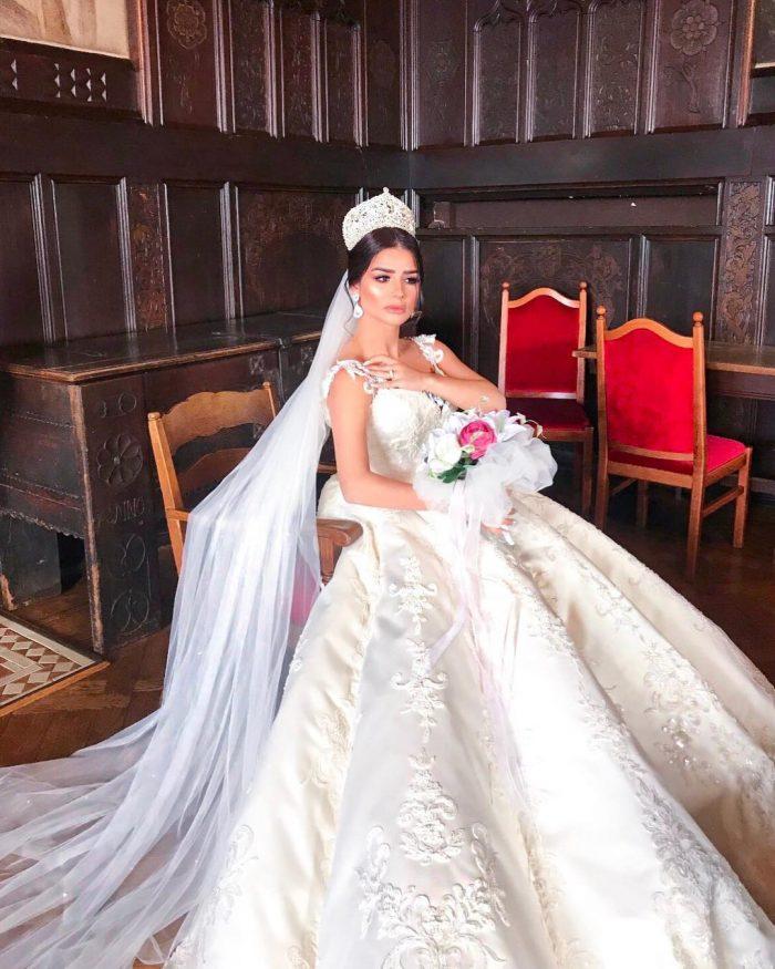 Chic Weiße Hochzeitskleider Mit Spitze Brautkleider A Linie
