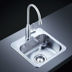 Stainless steel kitchen sink is clean and durable