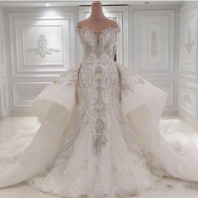 Brautkleid mit Spitze und Glitzer | Hochzeitskleider Online Kaufen
