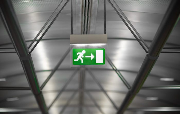 How To Solve: 10 Problems Of Emergency Lighting
