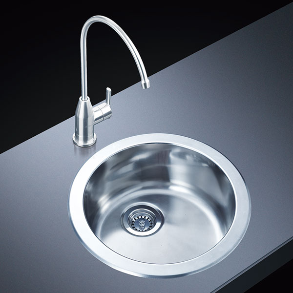 Stainless Steel Handmade Sink Manufacturers Share The Problem With The Plumbing