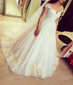 Designer Brautkleider Mit Spitze | Tüll Hochzeitskleider Online