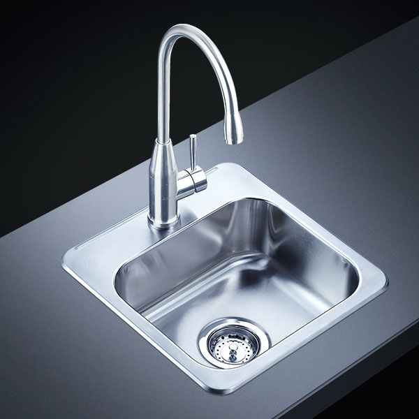 Stainless Steel Handle Made Sink Manufacturers Share The Processing Of Opening At The Sink