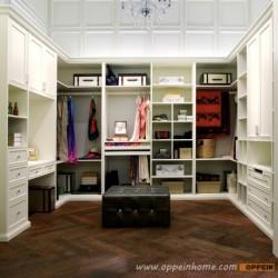 YG91519: Contemporary White Lacquer Walk-in Wardrobe