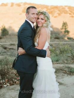 Buy Strapless Wedding Dresses Online Canada | Pickeddresses