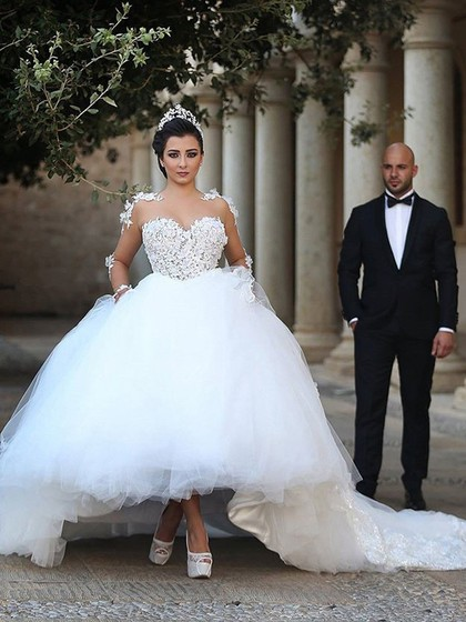 Latest Ball Gown Scoop Neck Tulle Cathedral Train Appliques Lace Long Sleeve Wedding Dresses in UK