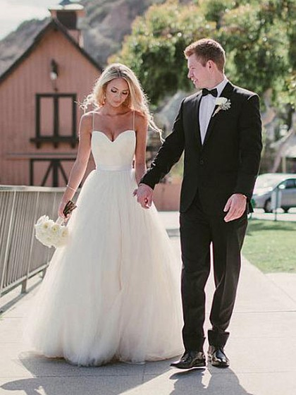 Simple A-line Sweetheart Tulle Sweep Train Sashes / Ribbons Ivory Wedding Dresses in UK