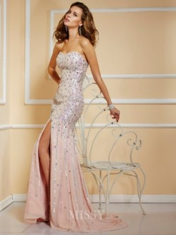 A-Linie/Princess-Linie Trägerlos Chiffon Bodenlang Perlen verziert Abendkleider – MissyDress
