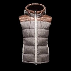 Buy Red For Women Rzxs6 3b95fa 2015 Y 13 Fur Hooded Down Coat In Moncler Jackets monclersale.us.com